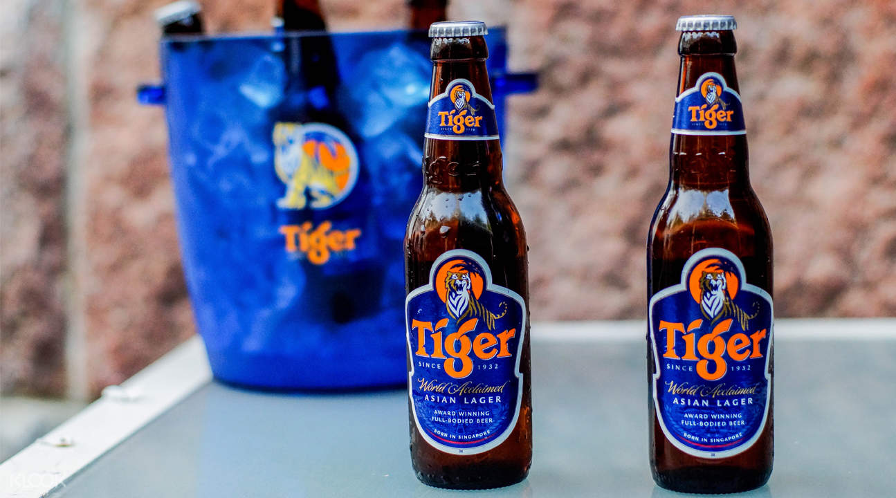 tiger beer berlin bar and restaurant city hall singapore